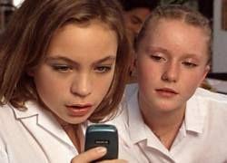 Из-за SMS дети теряют внимательность