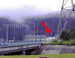 Прогноз МЧС от 11.04.98: Саяно-Шушенская ГЭС шатается