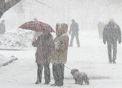 Лужков предлагает зимой разгонять метели над Москвой