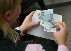 Почему в России жить на одну зарплату - позорно?