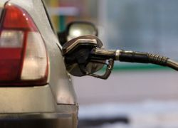 Бензин в России продолжит дорожать