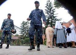 При обрушении церкви в Непале погибли более 20 человек