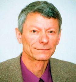Областные чиновники прячутся от Владимира Леонова