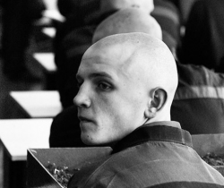 Генштаб решил не призывать бывших заключенных