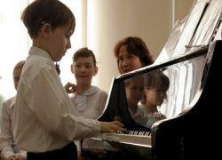 Как приучить современных детей к классической музыке