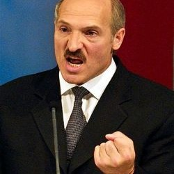 "Лукашенко: мне не нужна \""шапка Мономаха\"""
