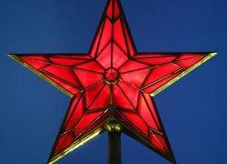 К Лужкову в оппозиции, а к Кремлю – в позиции