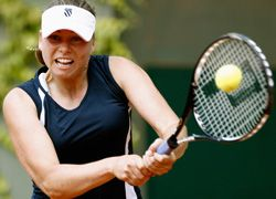 Звонарева начинает турнир в Пекине с победы