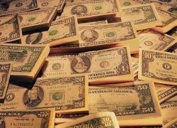 Банки России скупают миллиарды долларов