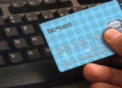 Facebook обзавелся виртуальными банковскими картами