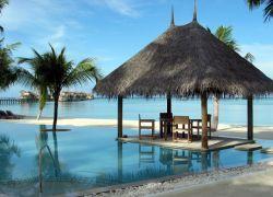 Правительство Мальдив проведет заседание под водой