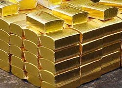Золото подорожало до рекордных $1043