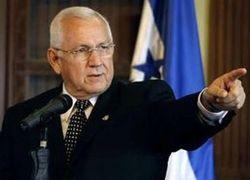 Правительство Гондураса требует разоружить Селайю