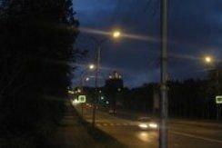 """Свет \""""уличного фонаря\"""" оказался прожектором поезда"""