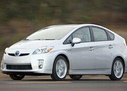 Toyota Prius пользуется наивысшим спросом в Японии