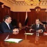 Медведев и Сердюков обсудили проблемы армии