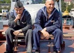 Российские моряки вновь хотят просят помощи