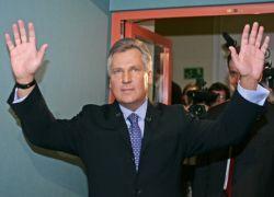 Бывший президент Польши хочет стать президентом Украины