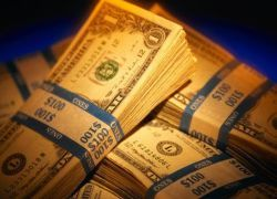 Слабость доллара выгодна Америке