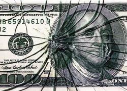 Русским хочется свободы от доллара, но это невозможно