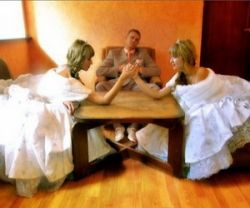 Как выбрать между женой и любовницей?
