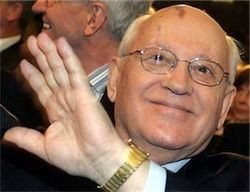 Горбачев критикует Путина и Медведева