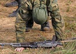 Сослуживцы довели солдата-срочника до самоубийства