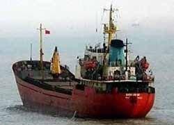 Российские моряки выбили долги из судовладельца