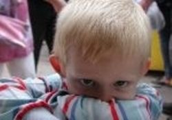 Как научить ребенка запретам?