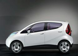 Итальянцы готовят первый электрический автомобиль