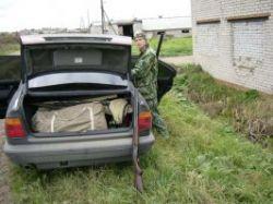 Недалеко от Ваганьковского обнаружена машина с оружием