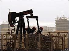 Доллар и нефть неразделимы?