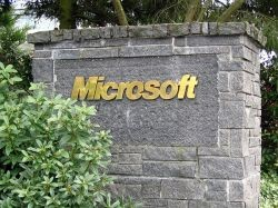 Microsoft работает над  Windows 8 и Windows 9