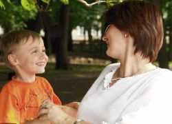 Итальянка попала под суд за чрезмерную заботу о сыне