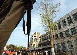В Пакистане боевики напали на отделения полиции