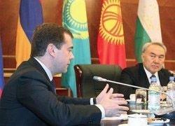 Медведев проверит взаимодействие войск КСОР