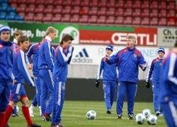 Россия покинула десятку лучших сборных рейтинга ФИФА
