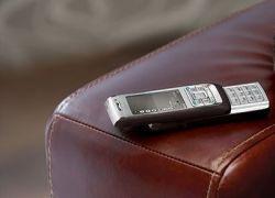 Мобильники подключат к человеческому сердцу