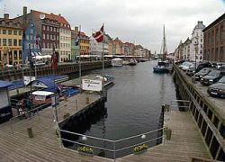 Датчане меньше работают, но больше всех получают