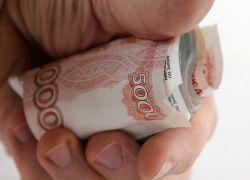 В России снизились долги по зарплате