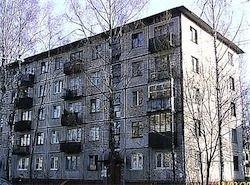 Мэра, раздавшего квартиры для переселенцев, штрафанули