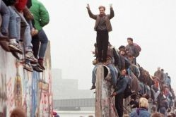 В Восточной Европе и Евразии упадок демократии