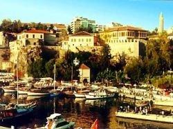 В порту Анталии произошёл мощный взрыв