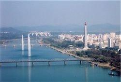 КНДР пообещала решить квартирный вопрос к 2012 году