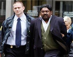 "Арестованный миллиардер помогал \""Тамильским тиграм\"""