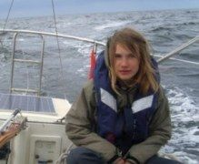 В Австралии школьница отправилась одна в кругосветку