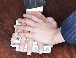 Общий объём взяток стал равен годовому бюджету России