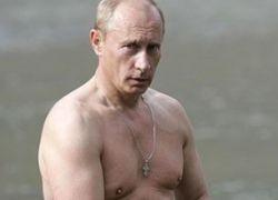 Зачем Шварценеггеру бюст Путина?