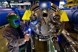 Большой адронный коллайдер возобновляет работу