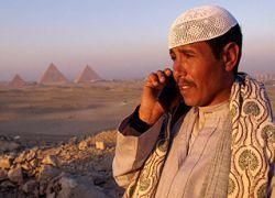 Власти научат египтян пользоваться мобильниками